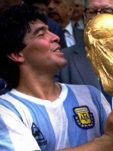 Foto de Maradona00010